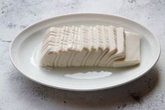 steamed tofu with soy sauce dressing Silken Tofu Recipes, Steam Recipes, Steamed Tofu, Japanese Dishes, Food Is Fuel, Tempeh, Kimchi, Soy Sauce, Asian Recipes