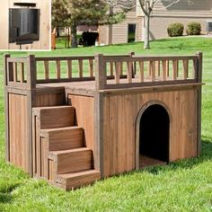 I love this dog house, my dogs would have a blast playing on this! :)