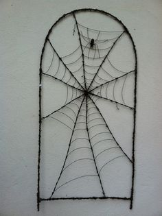 Charlotte's Web Inspired Barbed Wire Spider Web Sculpture Some Pig Made to Order Wire Spider, Spider Art, Copper Wire Crafts, Barbed Wire Art, Wire Wrapped Jewelry, Wire Jewelry, Handmade Crafts, Diy Crafts, Halloween Art