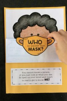 All About Me Preschool, All About Me Activities, Back To School Activities, Kids Learning Activities, Elementary Bulletin Boards, Kindergarten Bulletin Boards, Multicultural Bulletin Board, Diversity Bulletin Board, Classroom Crafts