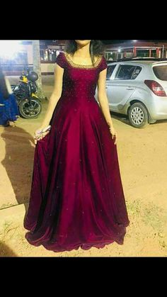 Skirt And Crop Top Indian Velvet Super Ideas - Indian wedding gowns - Long Gown Dress, Gown Skirt, Anarkali Dress, The Dress, Red Lehenga, Lehenga Choli, Long Gowns, Indian Wedding Gowns, Indian Gowns Dresses