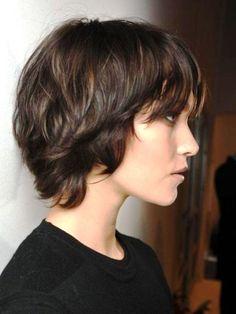medium short dark hairstyles