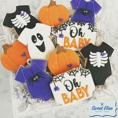 I'm keen on this glorious winter baby shower October Baby Showers, 2nd Baby Showers, Baby Shower Parties, Baby Shower Themes, Baby Boy Shower, Shower Ideas, Halloween Gender Reveal, Baby Halloween, Halloween Themes