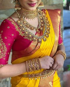 wedding saree and wedding saree indian Blingify your bridal situation with the best of jewellery from ! Book you. Wedding Saree Blouse Designs, Pattu Saree Blouse Designs, Half Saree Designs, Silk Saree Blouse Designs, Fancy Blouse Designs, Saree Wedding, Blouse Patterns, Marathi Wedding, Wedding Attire