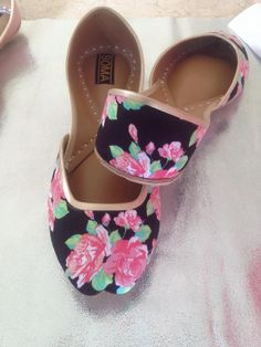 Chic Floral Flats, Printed Ballet Flats, Leather Flats - Adds the perfect pop of color to your feet by ShopSoma on Etsy