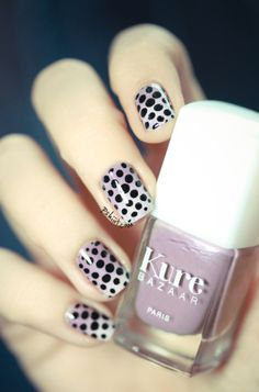 Purple gradient nails with black dots by Pshiiit