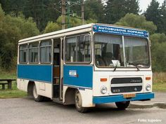 Ikarus 553 Mini Bus, Bus Coach, Busses, Old Trucks, Cars And Motorcycles, Automobile, History, Vehicles, Travel