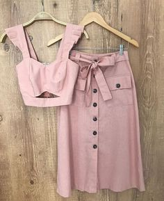Classy Outfits, Trendy Outfits, Cool Outfits, Two Piece Outfit, Two Piece Dress, Hijab Fashion, Fashion Dresses, Dresses Dresses, Retro Dress