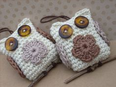 Crochet owls. Inspiration. Love how they are 'sitting' on the little stick.
