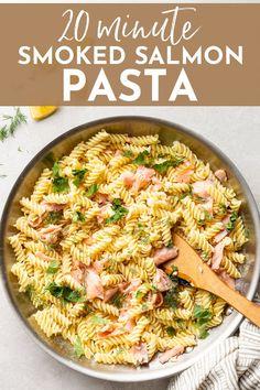Smoked Salmon Pasta Recipes, Seafood Recipes, Fish Recipes, Dinner Recipes, Lunch Recipes, Cake Recipes, Dessert Recipes, Pescatarian Diet, Pescatarian Recipes