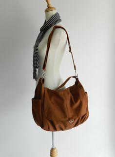 Canvas Messenger zipper bagCognac brown women door christystudio