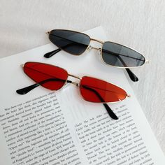 sunglasses sunglasses eyecat Tips For Preventing Lawn Mower Problems Article Body: If your lawn mowe Round Lens Sunglasses, Cute Sunglasses, Summer Sunglasses, Cat Eye Sunglasses, Sunnies, Sunglasses Women, Cool Glasses, Glasses Frames, Lunette Style