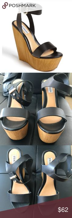 """Steve Madden Wedges Steve Madden """"Beachy"""" wedge is the ultimate go to wedge. Black leather upper and wooden wedge. Brand new, never worn. Steve Madden Shoes Wedges"""