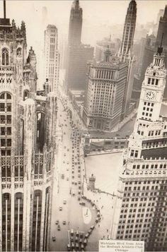 """old-chicago: """" 1930s. Michigan Ave. Looking South. """""""