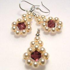 "Swarovski set - ""Pearl beauty"" | JewelryLessons.com"