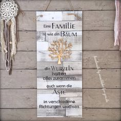 Family is like a tree (XXL) - .- Familie ist wie ein Baum (XXL) – Family is like a tree (XXL) – - Shabby Chic Plaques, Family Shield, Wooden Signs With Sayings, Vintage Signs, Roots, Wall Decor, Wallpaper, Branches, Motorcycle