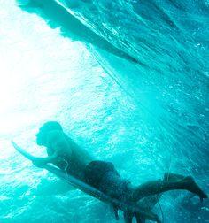 Under Tahiti with Mick Fanning at the 2015 Billabong Pro Tahiti. Photo   WSL