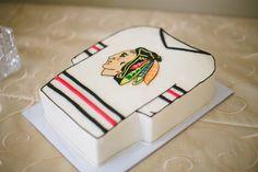 #groomscake #blackhawkscake #hockeycake #susiecakes