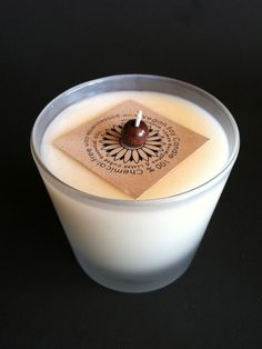 This soy candle contains pure essential oils to repel mosquitoes outdoors.