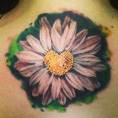 White Daisy Tattoo, Daisy Chain Tattoo, Daisy Flower Tattoos, Floral Tattoos, Daisy Flowers, Toe Tattoos, Anklet Tattoos, Finger Tattoos, Tatoos