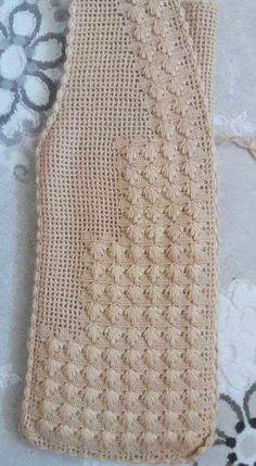 116 Tane Örgü Bayan Yelek Modelleri Hepsi Birbirinden Güzel Örgü Bayan Yelek Modeli Pin was discovered by HUZ Most popular crochet and knitting tejido patterns and more – Grain Knitting Women's Vest Models All Be Gilet Crochet, Crochet Coat, Crochet Jacket, Crochet Blouse, Crochet Clothes, Crochet Baby, Diy Crafts Knitting, Easy Knitting Patterns, Knitting Designs