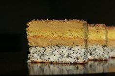 Cocomac :) Poppy Seeds and Coconut Cake/Prajitura cu cocos si mac Romanian Food, Romanian Recipes, Sweet Desserts, Cornbread, Vanilla Cake, Great Recipes, Food And Drink, Sweets, Baking