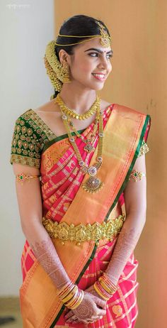 ideas south indian bridal saree blouse red silk for 2019 Bridal Sarees South Indian, Bridal Silk Saree, Indian Bridal Fashion, South Indian Bride Jewellery, Indian Jewelry, South Indian Weddings, Saree Blouse Neck Designs, Bridal Blouse Designs, Blouse Patterns