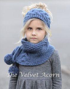 Strick PATTERN-The Gefieder festgelegt Kleinkind von Thevelvetacorn
