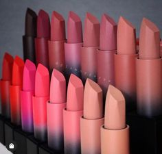 Huda Beauty Lipstick, Makeup Lipstick, Makeup Cosmetics, Beauty Makeup, Maquillage Kylie Jenner, Maquillage On Fleek, Lipstick Collection, Makeup Collection, Matte Lipstick Shades