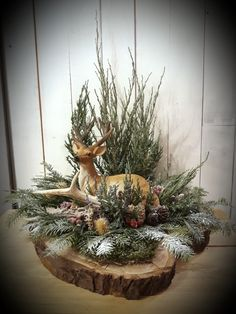 Christmas decoration, deer, antlers, standing decoration, fir needles, coniferum branches, natur decor, Winter decor