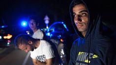 """Hunderttausende Menschen engagieren sich in der Hilfe für Flüchtlinge – hier irakische Christen aus der vom IS beherrschten Stadt Mossul. Die Helfer, aber auch Bürger, die Sorgen und Bedenken äußern sowie verantwortliche Politiker haben es nicht verdient, von linken """"Künstlern"""" und Gutmenschen als Rechtsradikale und Nazis beschimpft zu werden. (Bild: imago/epd-bild/Sebastian Backhaus)"""