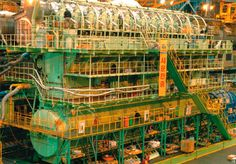 Dark Roasted Blend: Largest Diesel Engine in the World - The Biggest Ships in the World, Part 3