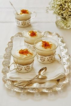 Postres - Desserts - Baileys Cheesecakes with Candied Orange Zest Köstliche Desserts, Delicious Desserts, Dessert Recipes, Yummy Food, Pavlova, Baileys Cheesecake, High Tea, Let Them Eat Cake, Sweet Tooth