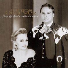 Juan Gabriel y Rocio Dulca, de nacionalidades mexica y Espanola son unos de los cantantes mas famosos en Mexico.