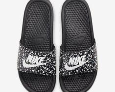 Diapositives Nike Benassi   Etsy Baskets, Converse, Nike Benassi, Bling, Father, Women's Fashion, Sandals, Etsy, Shoes