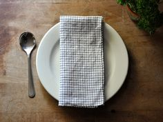 Small Batch Productions - dinner napkin - linen black check.