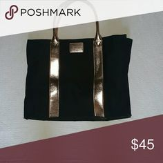 VS Black and Rose Gold Limited Edition Tote Canvas black tote w beautiful rose gold accents... Used one time.. One side pocket inside and a snap closure to close it... Will keep if the price is not right SO NO LOW BALL OFFERS... Feel free to ask any questions like additional pics or measurements ✅Make an offer through OFFER button ONLY ✅Negotiations welcome ❌No trades ❌No PayPal ✴Bundles encouraged✴ Victoria's Secret Bags Totes