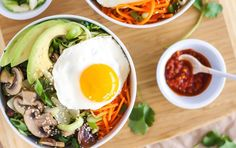 A signature Korean dish, bibimbap, is a colorful rice bowl filled with stir-fried veggies and meat. This meatless version is topped with a fried egg. Vegetarian Recipes Easy, New Recipes, Cooking Recipes, Healthy Recipes, Healthy Habits, Vegetable Recipes, Healthy Choices, Healthy Meals, Veggie Fries