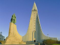 Statue of Liefur Eiriksson and the Hallgrimskikja Church, Reykjavik, Iceland, Polar Regions Photographic Print