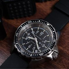 Medium Diver's Automatic (MSAR Auto) No Government Markings - Watches For Men Unique, Cool Watches, Men's Watches, Marathon Watch, Hamilton Khaki Navy, Online Watch Shopping, Watch Master, Chain Of Command, Search And Rescue