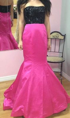 Sherri Hill 2015 Collection is now in-stock at So Sweet Boutique! Prom Dress Style 32158 is in-stock in Size 0 Black/Fuchsia. Shop for yours at SoSweetBoutique.com #prom #sherrihill #sherrihill2015collection #prom2015 #sherrihill2015