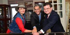 Olga Tañon abriendo las compuertas del Canal de Panamá | A Son De Salsa