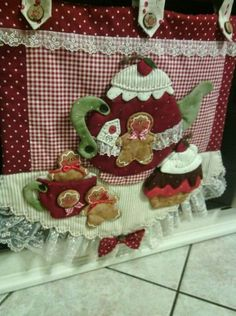 Fabric Crafts, Sewing Crafts, Sewing Projects, Handmade Crafts, Diy And Crafts, Love Craft, Sewing Rooms, Love Sewing, Mini Quilts