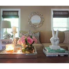 HOME🌺 #homegoodshappy #livingroom #interiordesign #coffeetabledecor #homedecor #coffeetablebooks#interiorinspiration #homeatwestview