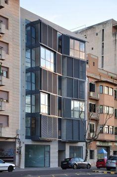 Housing Building at C/ Fontana / Duch-Pizá Arquitectos