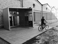 Cose da fare a Bologna - Il museo per la memoria di Ustica L'installazione permanente di Christian Boltanski al Museo per la Memoria di Ustica di Bologna circonda i resti del DC9 abbattuto il 27 giugno 1980 mentre si dirigeva verso l'aeroporto di Palermo. A Bologna, Palermo, Gallery, Photography, Museum, Photograph, Photo Shoot, Fotografie, Fotografia