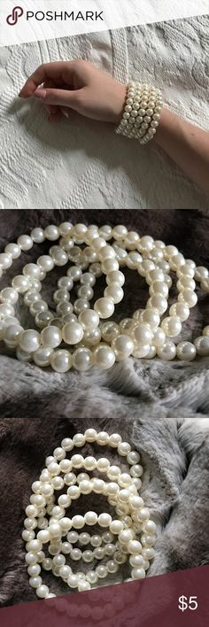 Forever 21 // Pearl Bracelets New! Never worn. Set of 5. Creamy pearls, elastic bands. Forever 21 Jewelry Bracelets