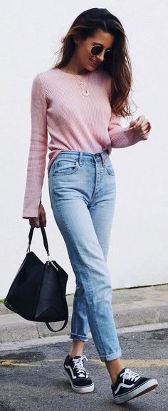 how to wear a pair of Vans : pink sweater + bag + boyfriend… - http://sorihe.com/fashion01/2018/03/16/how-to-wear-a-pair-of-vans-pink-sweater-bag-boyfriend/