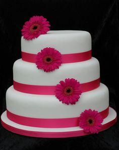 Wedding cake pink gerberas