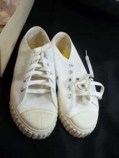 Vtg-Keds-Gladiator-Oxford-White-Red-Stripes-Boys-3-5-Womens-5-Shoes-Made-in-USA